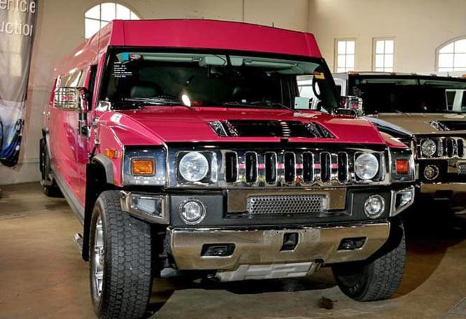 Super-stretch Hummer H2 up for auction