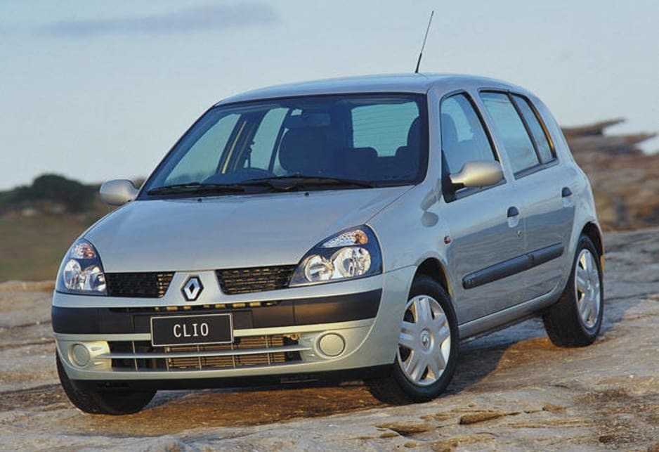 used renault clio review 2002 2004 carsguide. Black Bedroom Furniture Sets. Home Design Ideas