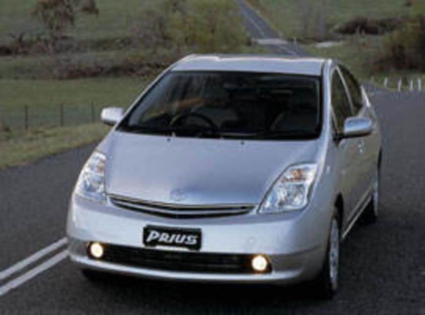 Toyota Prius Hatchback 2005 Review