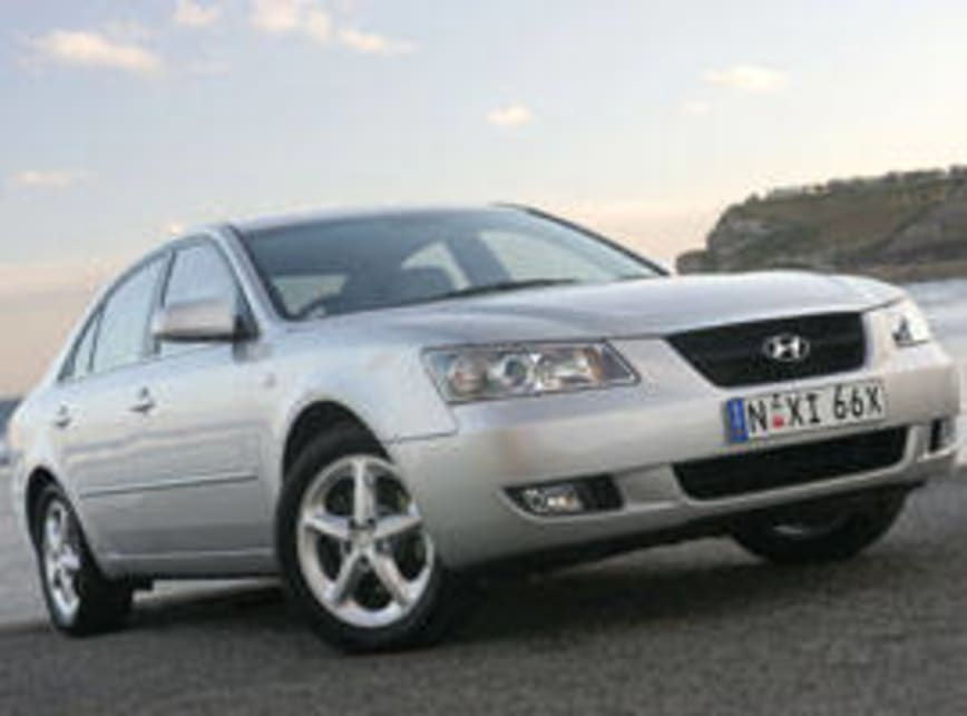 Hyundai Sonata Four Cylinder And V6 2005 Review