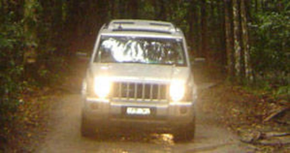 Jeep Commander 2006 Review