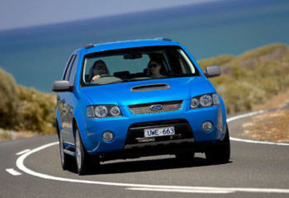 Ford FPV F6X 270 2008 Review