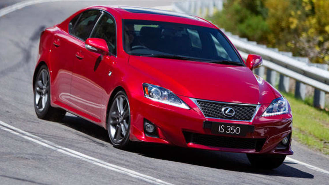 Lexus IS350 Sports Luxury 2013 review