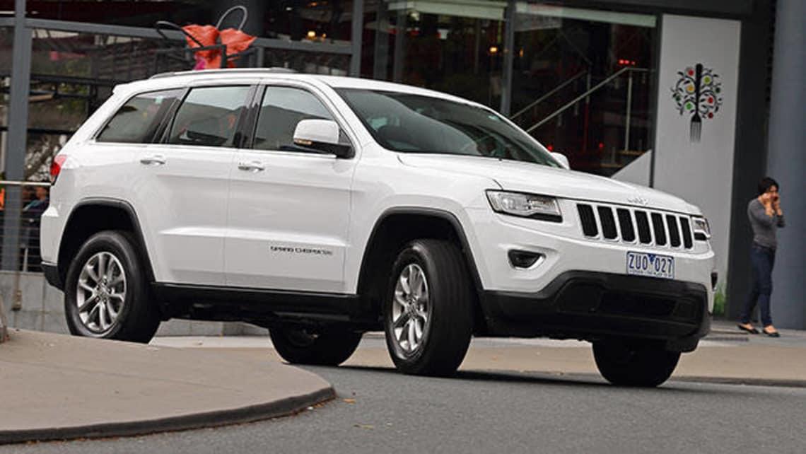 Jeep grand cherokee laredo recalls