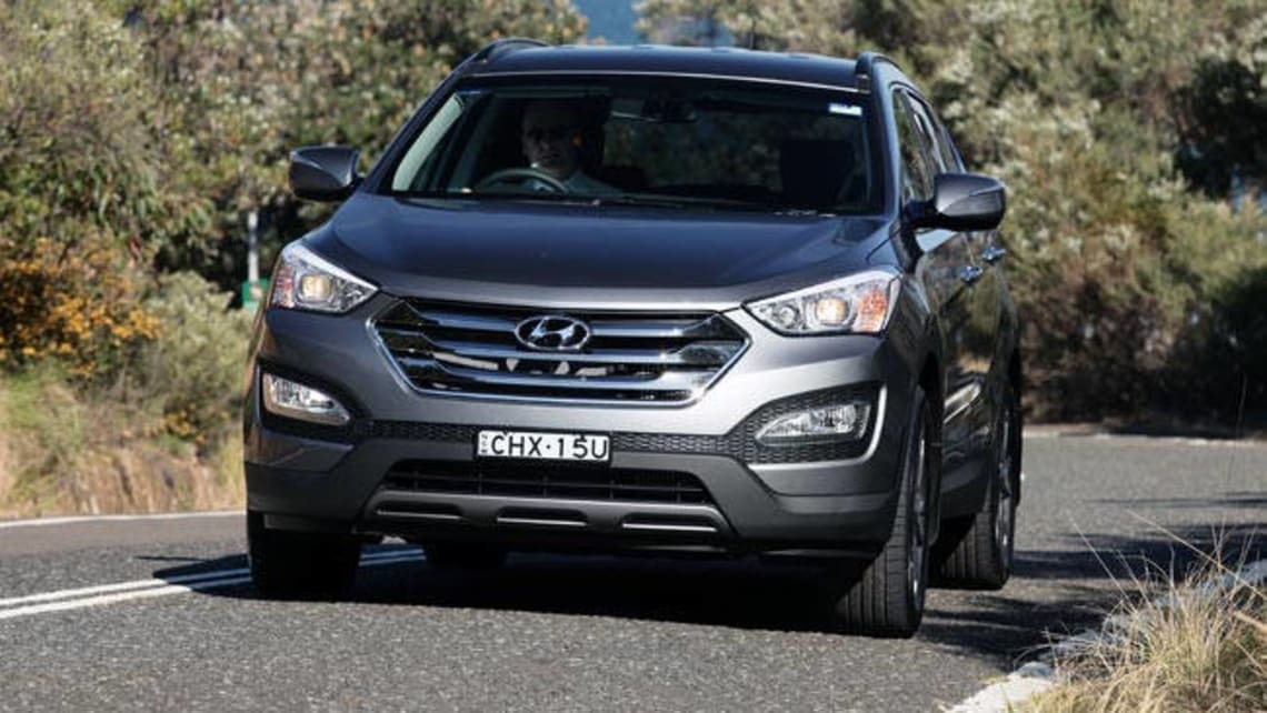 Hyundai Santa Fe 2012 Review