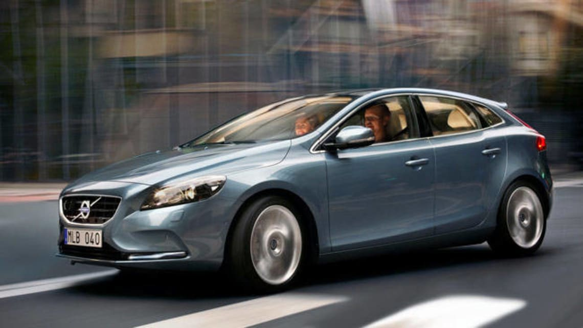 Volvo V40 D2 2013 review