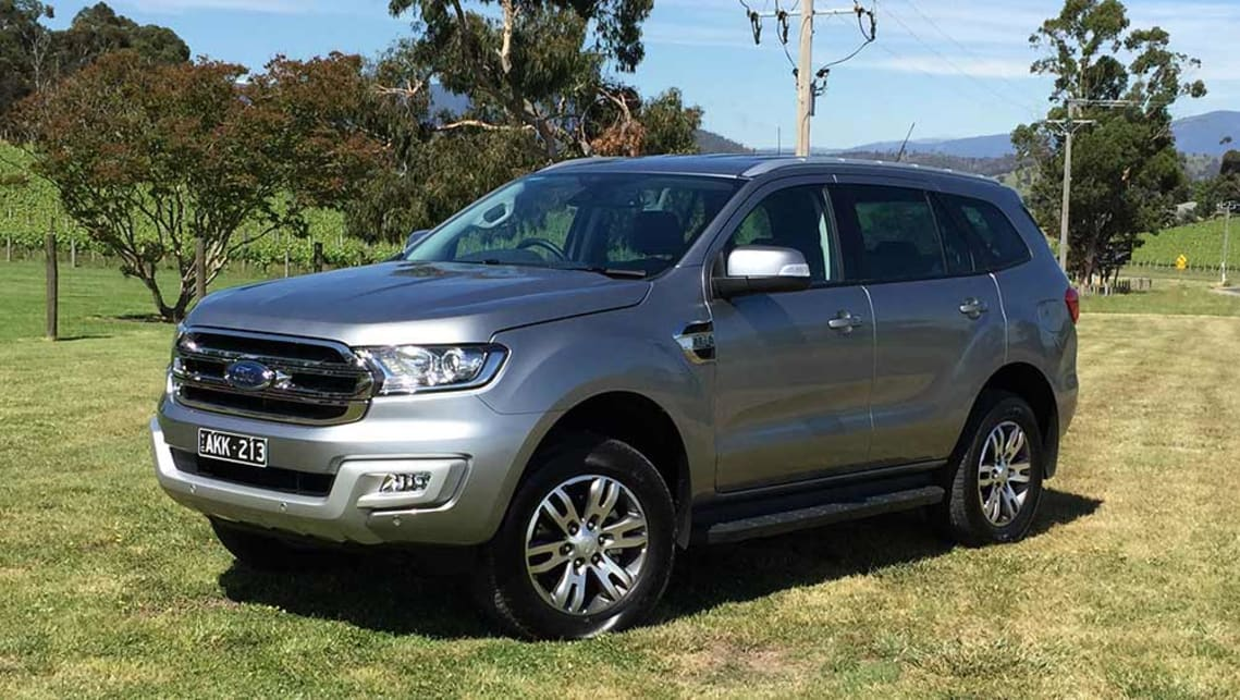 Ford Everest RWD 2017 Review