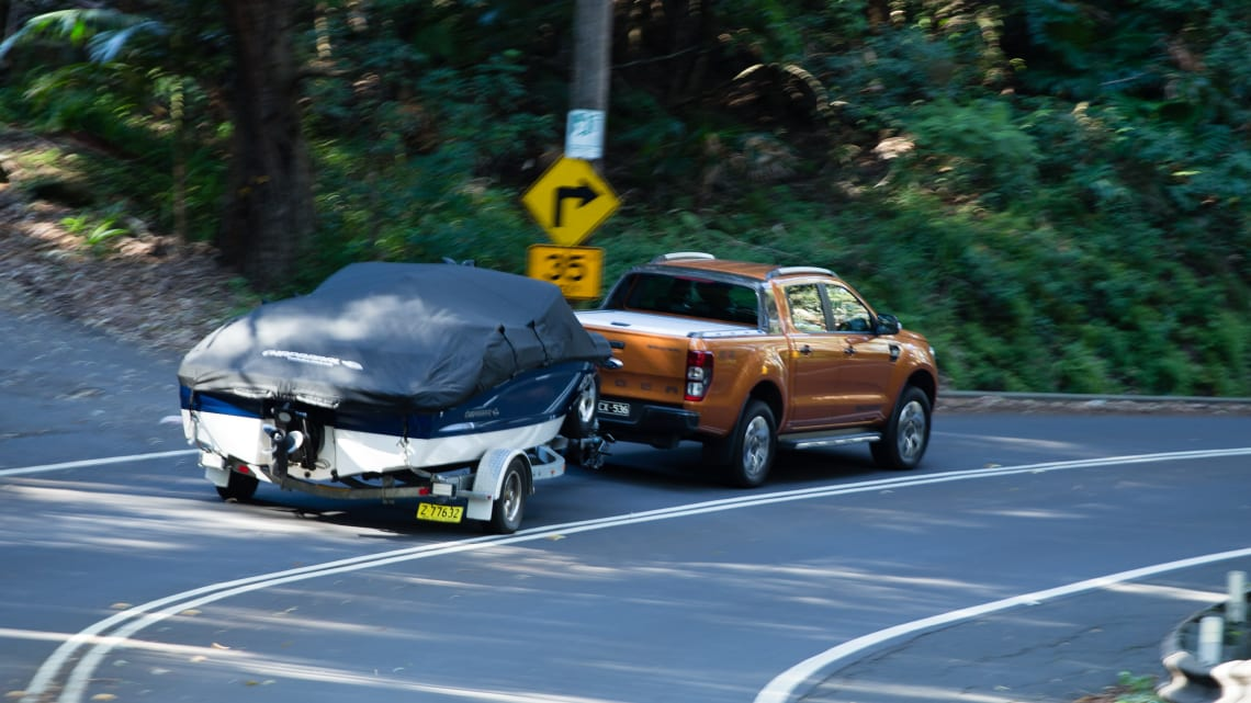 14 best cars for towing a trailer | CarsGuide