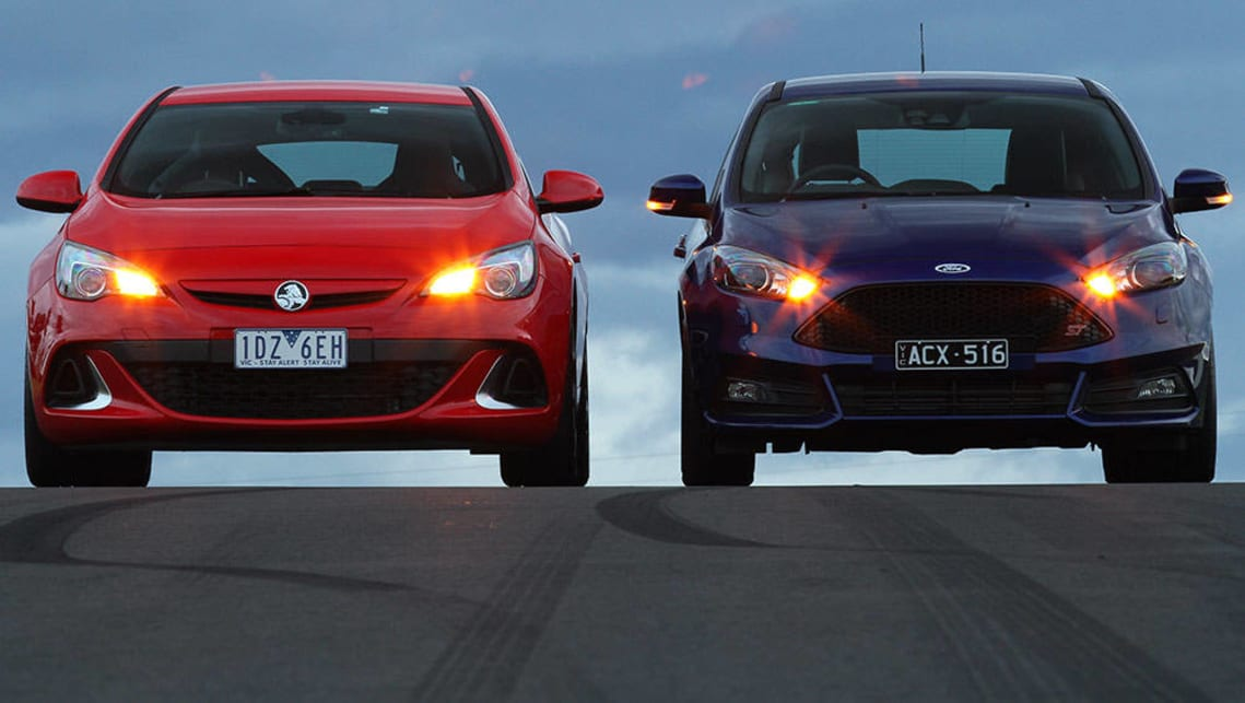 Holden Astra and Ford Focus 2015 review | CarsGuide