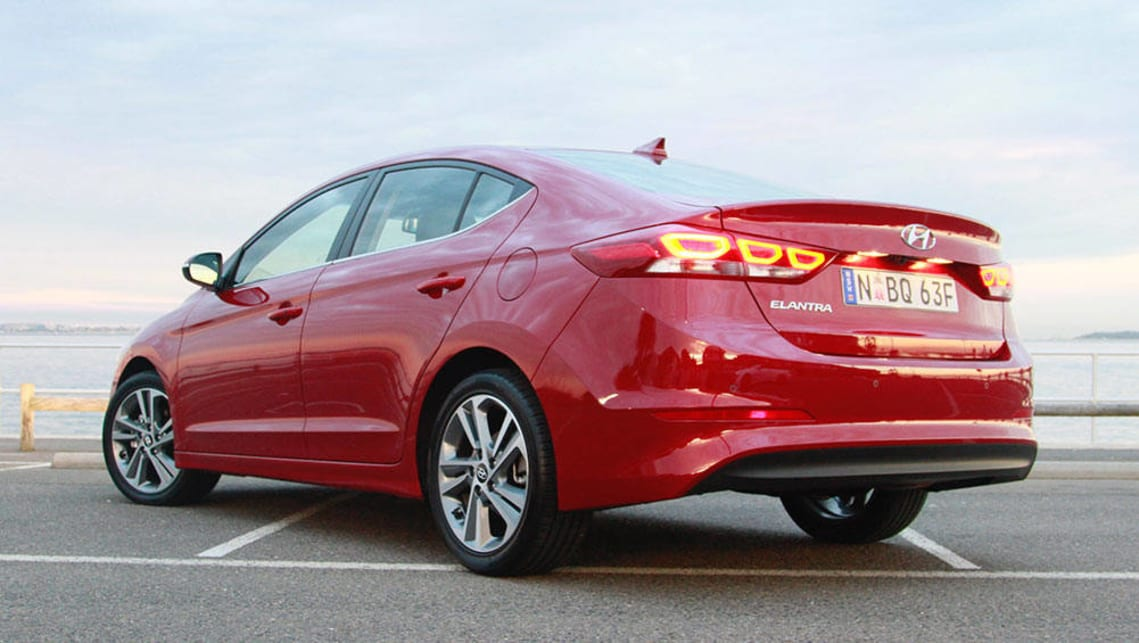 Red 2017 Hyundai Elantra >> Hyundai Elantra Elite 2016 Review Carsguide