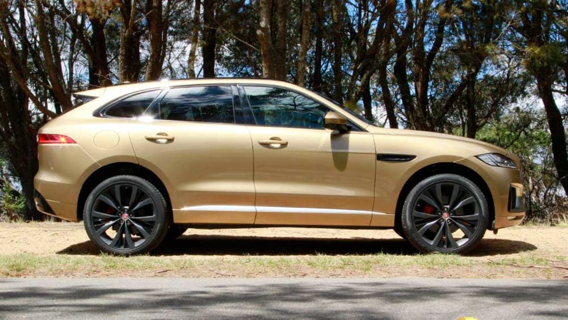 jaguar f pace first edition petrol 2016 review road test carsguide. Black Bedroom Furniture Sets. Home Design Ideas