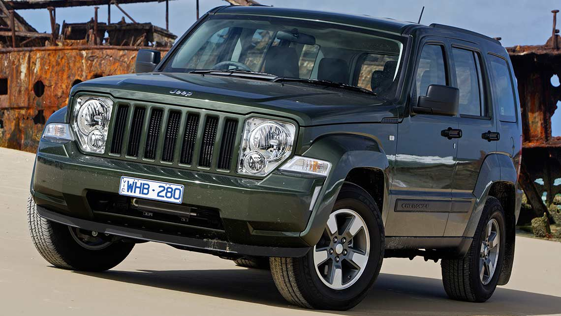 2014 jeep cherokee compare cherokee suv models. Black Bedroom Furniture Sets. Home Design Ideas