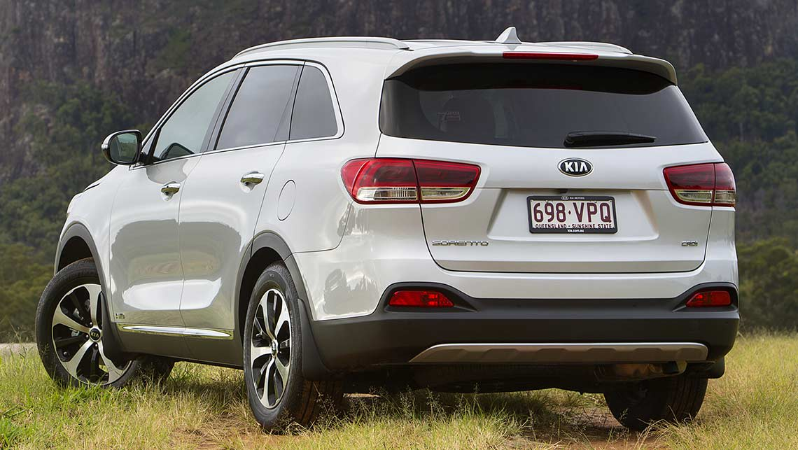 kia sorento wins 2015 car of the year video car news carsguide. Black Bedroom Furniture Sets. Home Design Ideas