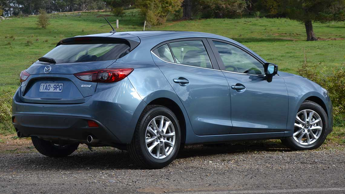 photos s reviews driver mazda review automatic photo car test and info hatchback news original