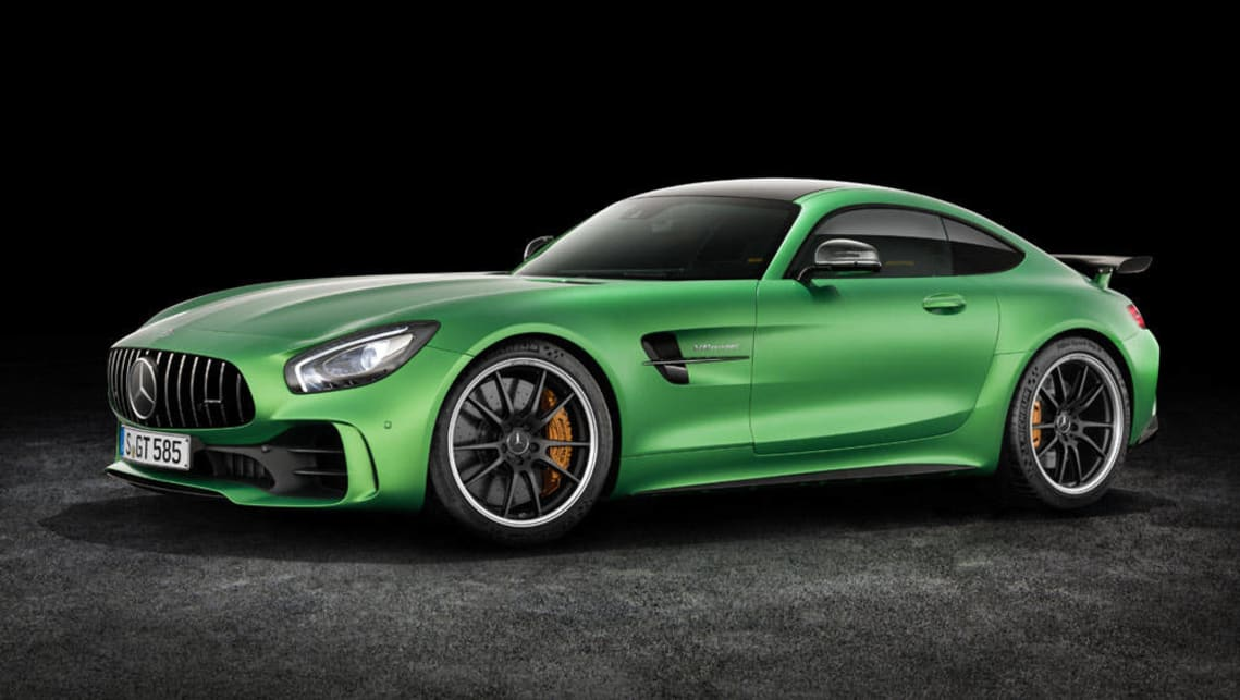 https://res.cloudinary.com/carsguide/image/upload/f_auto,fl_lossy,q_auto,t_cg_hero_large/v1/editorial/mercedes-amg-gt-r-2017-%282%29.jpg