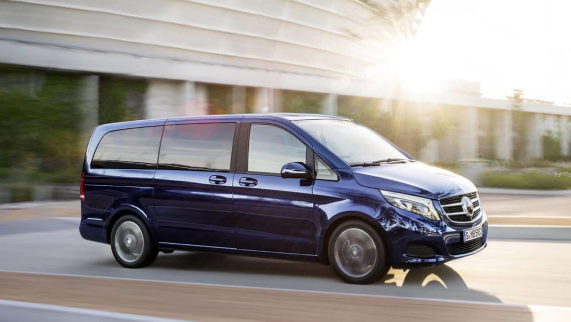 Mercedes benz v class 2017 new car sales price car news for Mercedes benz truck 2017 price