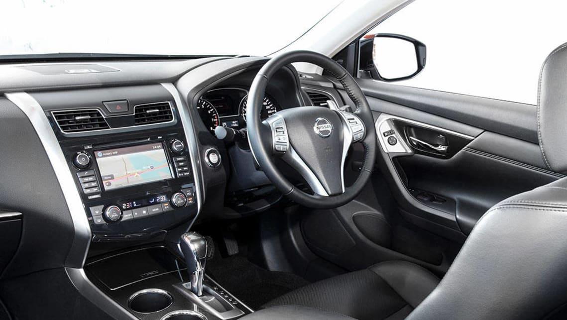 2013 Nissan Altima.