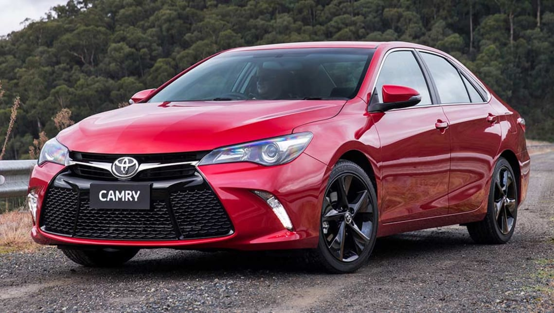 2015 Toyota Camry Atara SX review | road test | CarsGuide