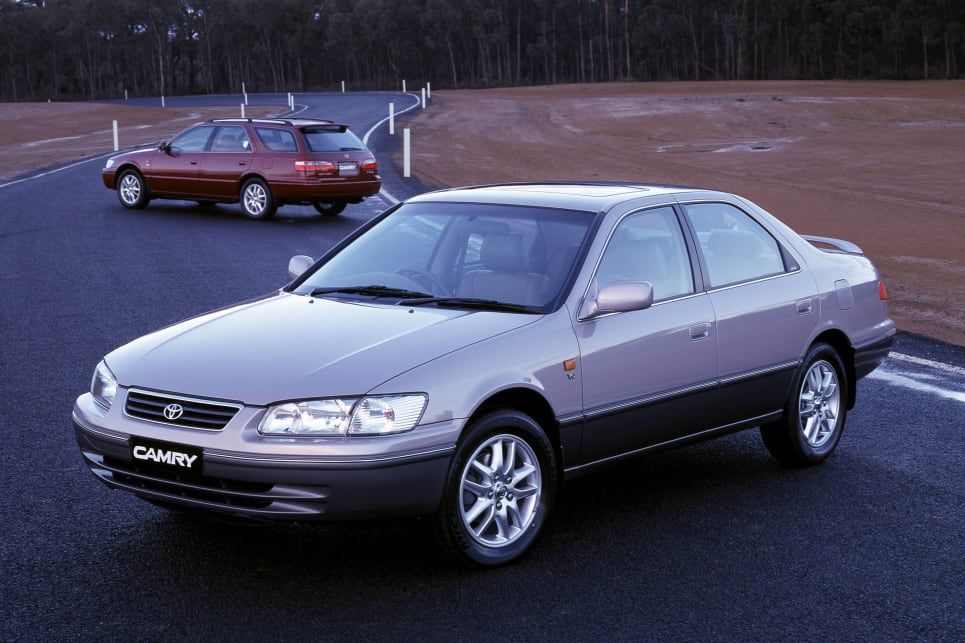 2000 camry review