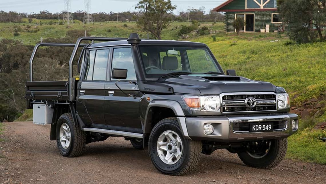 toyota land cruiser 70 series dual cab 2016 review snapshot carsguide. Black Bedroom Furniture Sets. Home Design Ideas