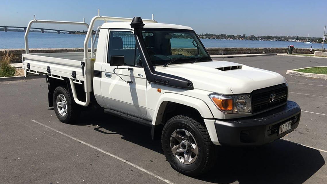 Toyota land cruiser gxl ute