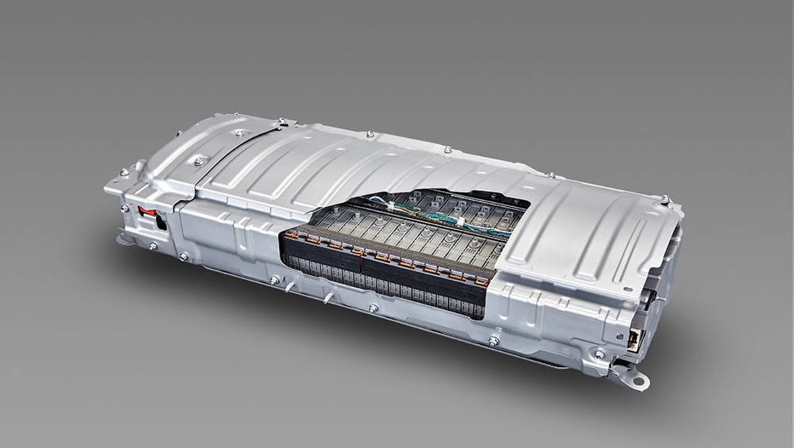 A large-capacity lithium-ion battery is to be paired with a plug-in hybrid system.