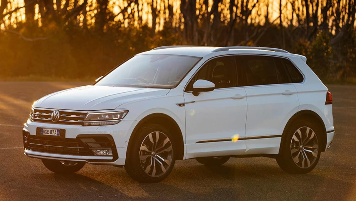 volkswagen tiguan 162tsi r line 2017 review first drive video carsguide. Black Bedroom Furniture Sets. Home Design Ideas