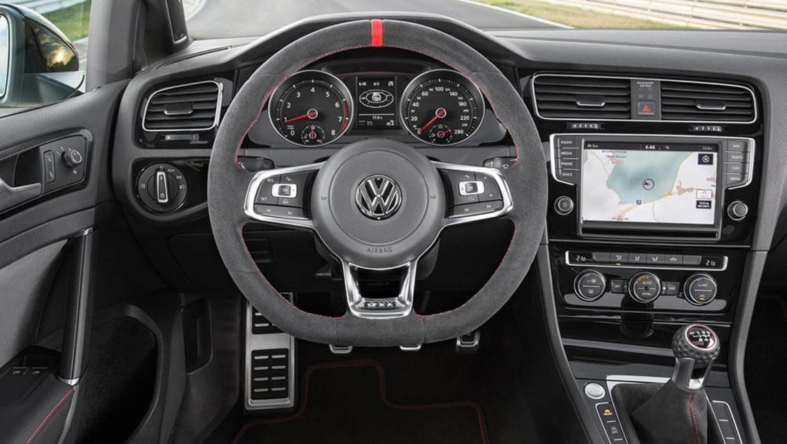 2017 vw golf 7. 5 comfortline manual cars for sale in western cape.