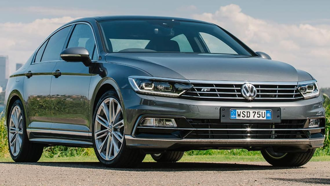 2016 Vw Passat 140tdi Highline Review Road Test Carsguide