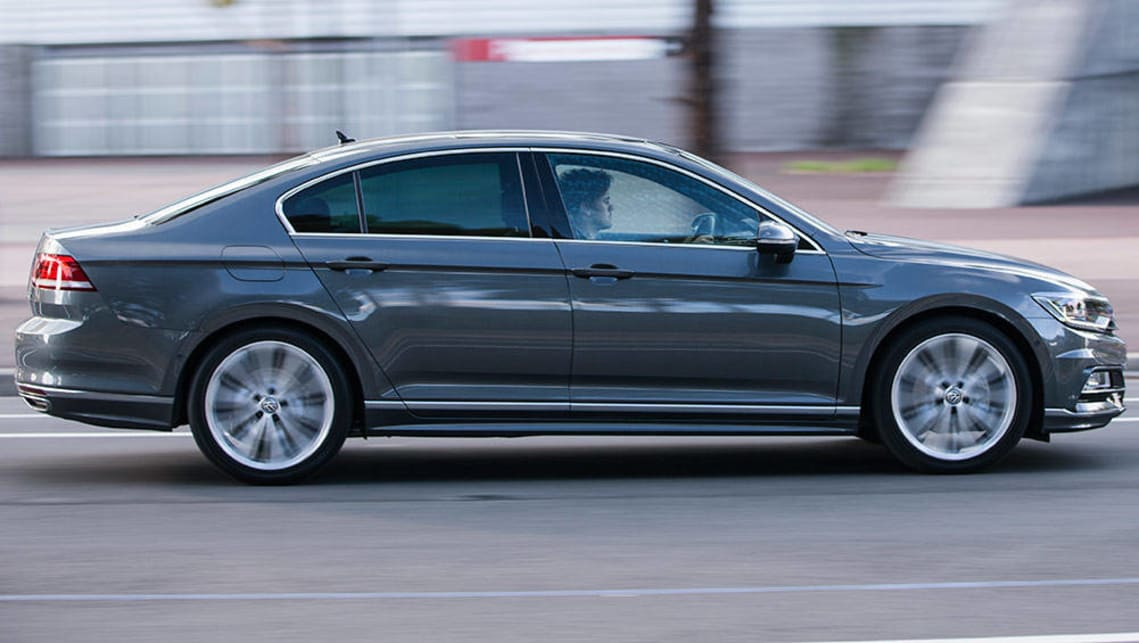 2016 VW Passat 132TSI Comfortline review | road test ...