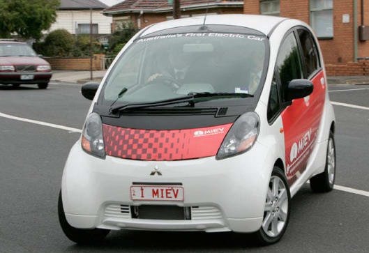https://res.cloudinary.com/carsguide/image/upload/f_auto,fl_lossy,q_auto,t_cg_hero_low/v1/editorial/dp/albums/album-1148/lg/Mitsubishi-iMiev-20095.jpg