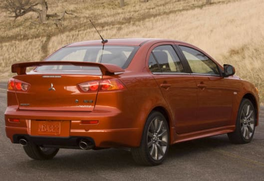 Mitsubishi Lancer 2009 Review | CarsGuide