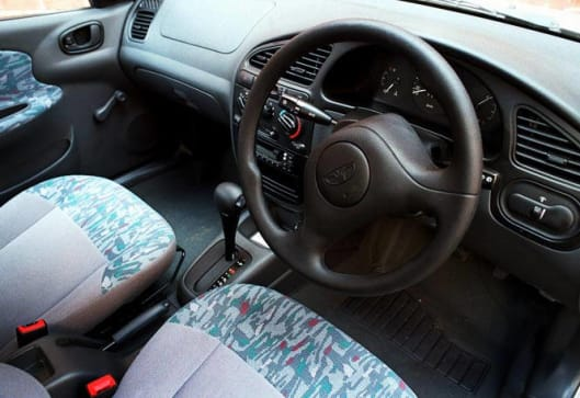 Daewoo Matiz Glove Box besides Daewoo Matiz Obd Socket likewise Px Daewoo Lanos T Se Door Hatchback together with Hqdefault likewise Daewoo Rezzo Plug Diag Obd Elm. on daewoo lanos