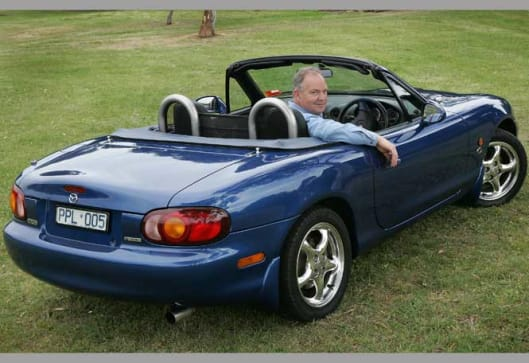 used car review mazda mx5 1998 2005 buyers guide carsguide. Black Bedroom Furniture Sets. Home Design Ideas