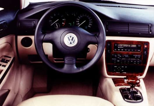 Used Car Review Vw Passat 1998 2002 Carsguide