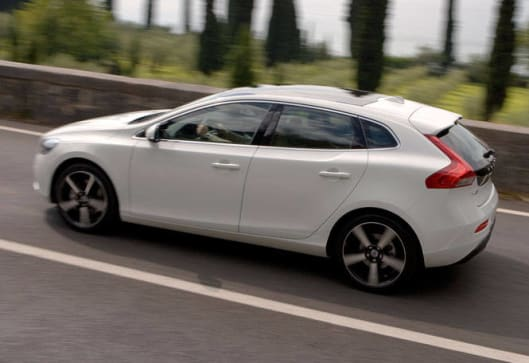 Volvo V40 T5 R-Design 2012 Review | carsguide