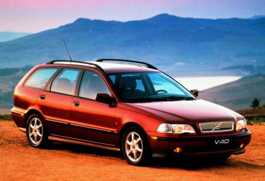 Used car review Volvo S40/V40 1997-2000 | CarsGuide