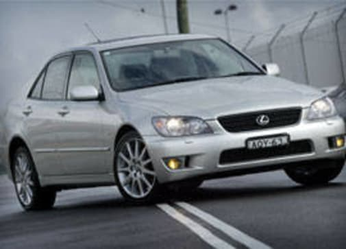 Lexus IS300 2004 Review | CarsGuide