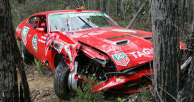Eric bana survives crash car news carsguide for Mad motors st cloud