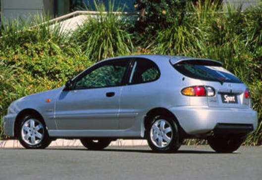 Daewoo Lanos Reviews | CarsGuide