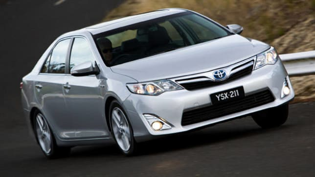 Toyota Camry Hybrid HL 2013 Review