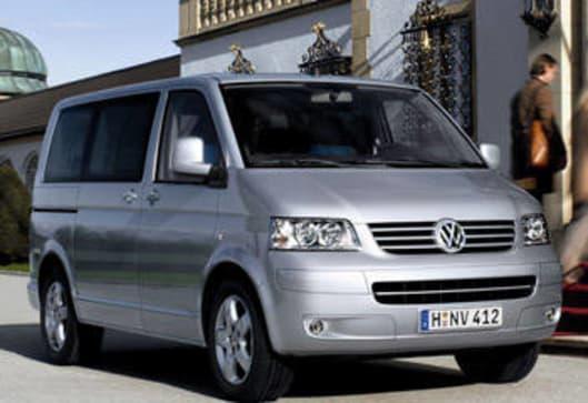Volkswagen Caravelle 2008 Review