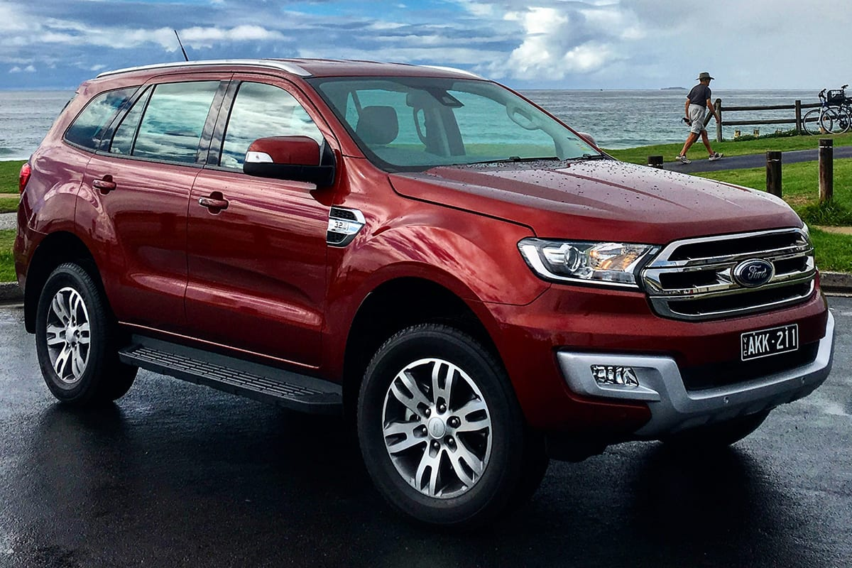 Ford Everest Trend RWD 2017 Review