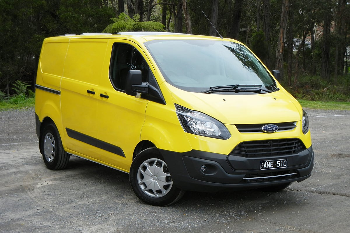 ford transit custom auto 2017 review carsguide. Black Bedroom Furniture Sets. Home Design Ideas