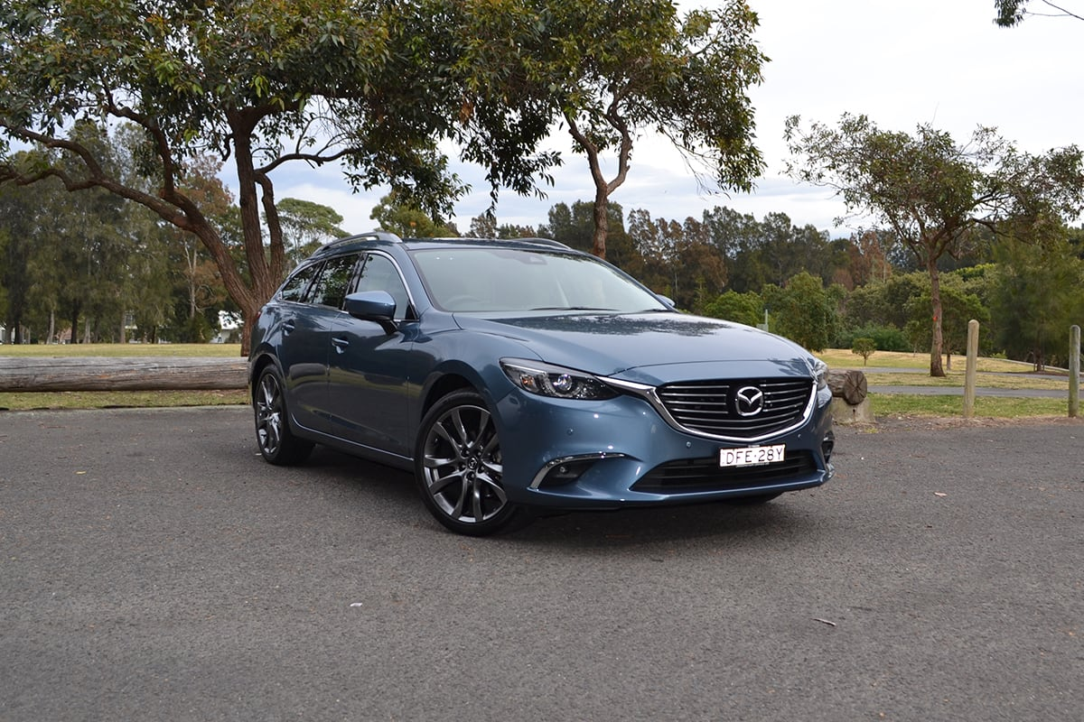 https://res.cloudinary.com/carsguide/image/upload/f_auto,fl_lossy,q_auto,t_default/v1/editorial/2017-Mazda-6-GT-blue-wagon-richard-berry-1200x800-%281%29.jpg