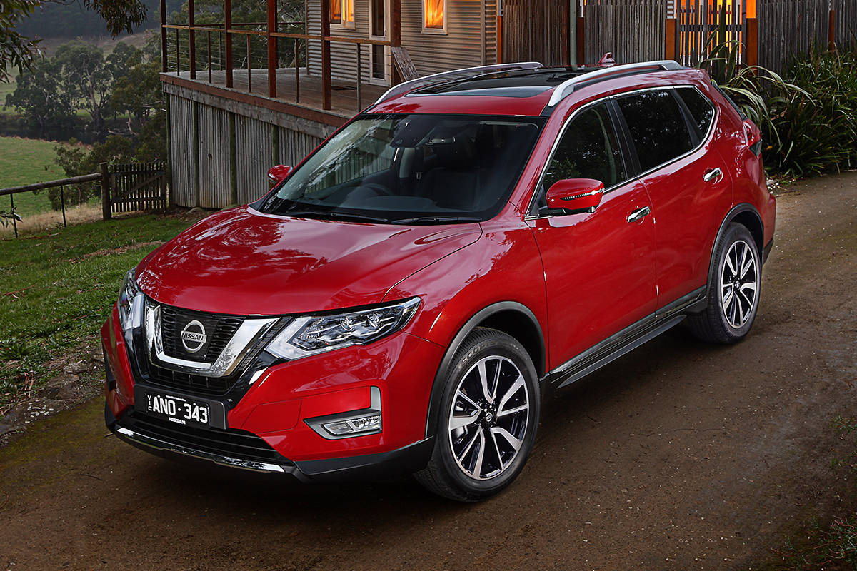 nissan x trail ti 2017 review snapshot carsguide. Black Bedroom Furniture Sets. Home Design Ideas