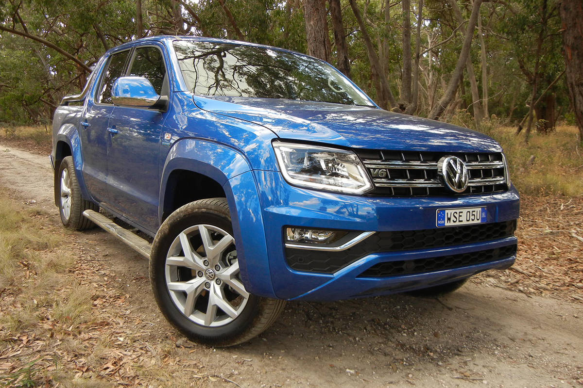 volkswagen amarok v6 2017 review carsguide. Black Bedroom Furniture Sets. Home Design Ideas