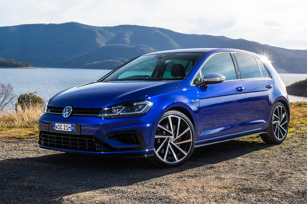 volkswagen golf r 2017 review carsguide. Black Bedroom Furniture Sets. Home Design Ideas