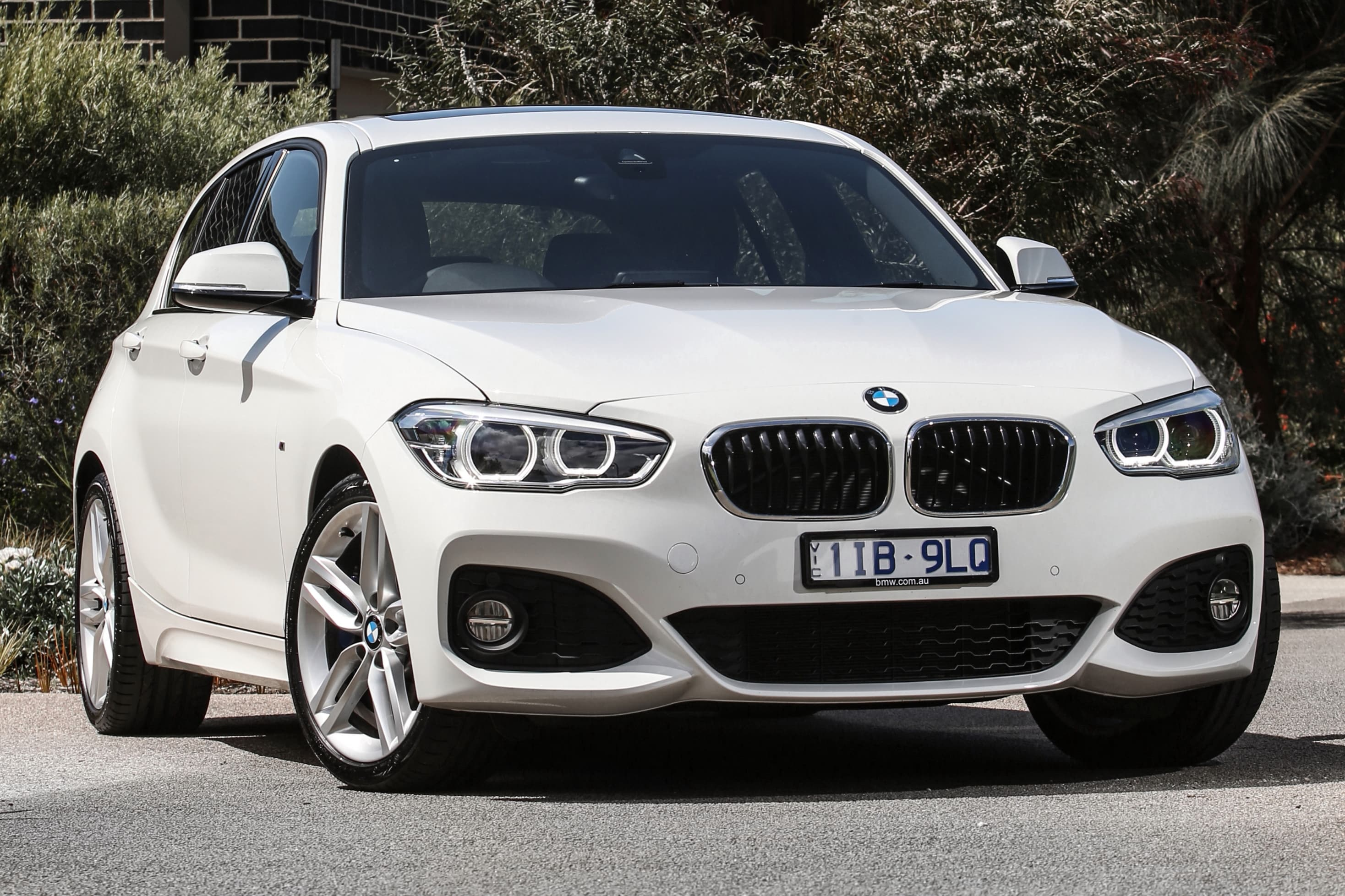 Bmw 118d 2018 Review Snapshot Carsguide