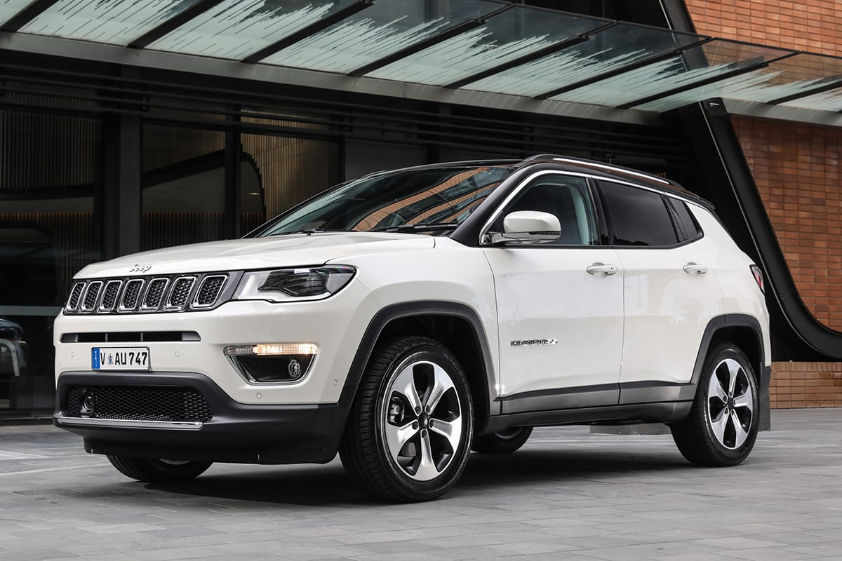 jeep compass limited 2018 review snapshot carsguide. Black Bedroom Furniture Sets. Home Design Ideas
